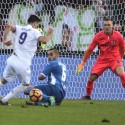 Kalinic affronta Bellusci  e Skorupski (foto Empolichannel.it)